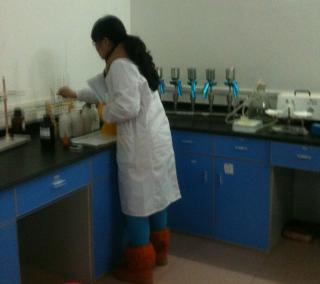 实验室操作间